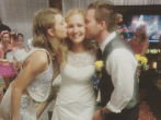 Taylor swift crashes wedding of fan