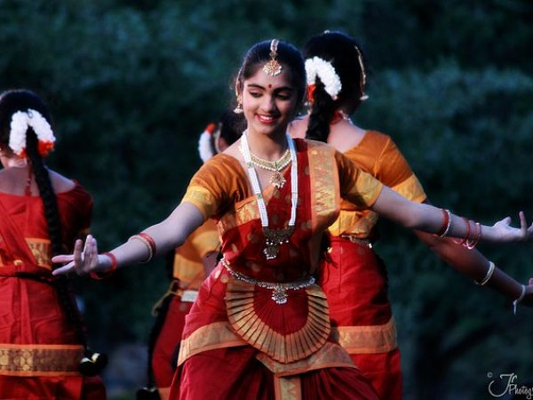 Diwali Divali Dipavali Hindu festival and dance