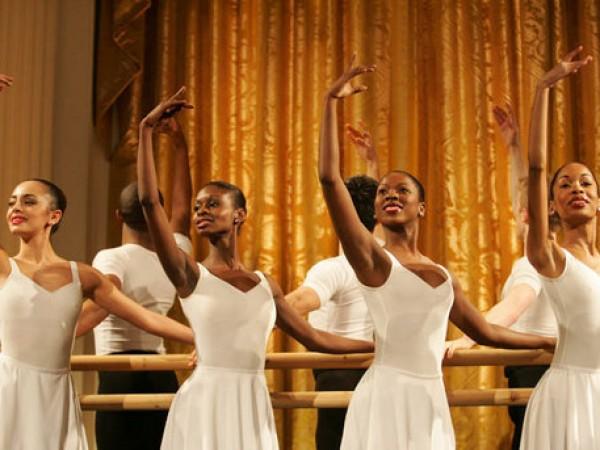 bailarines de del teatro Harlem