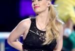 BET Awards Beef: Nicki Minaz disses Iggy Azalea during acceptance speech